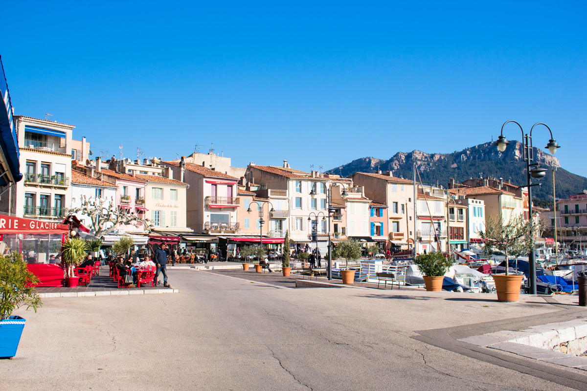 Waterfront shops and restaurants in Cassis