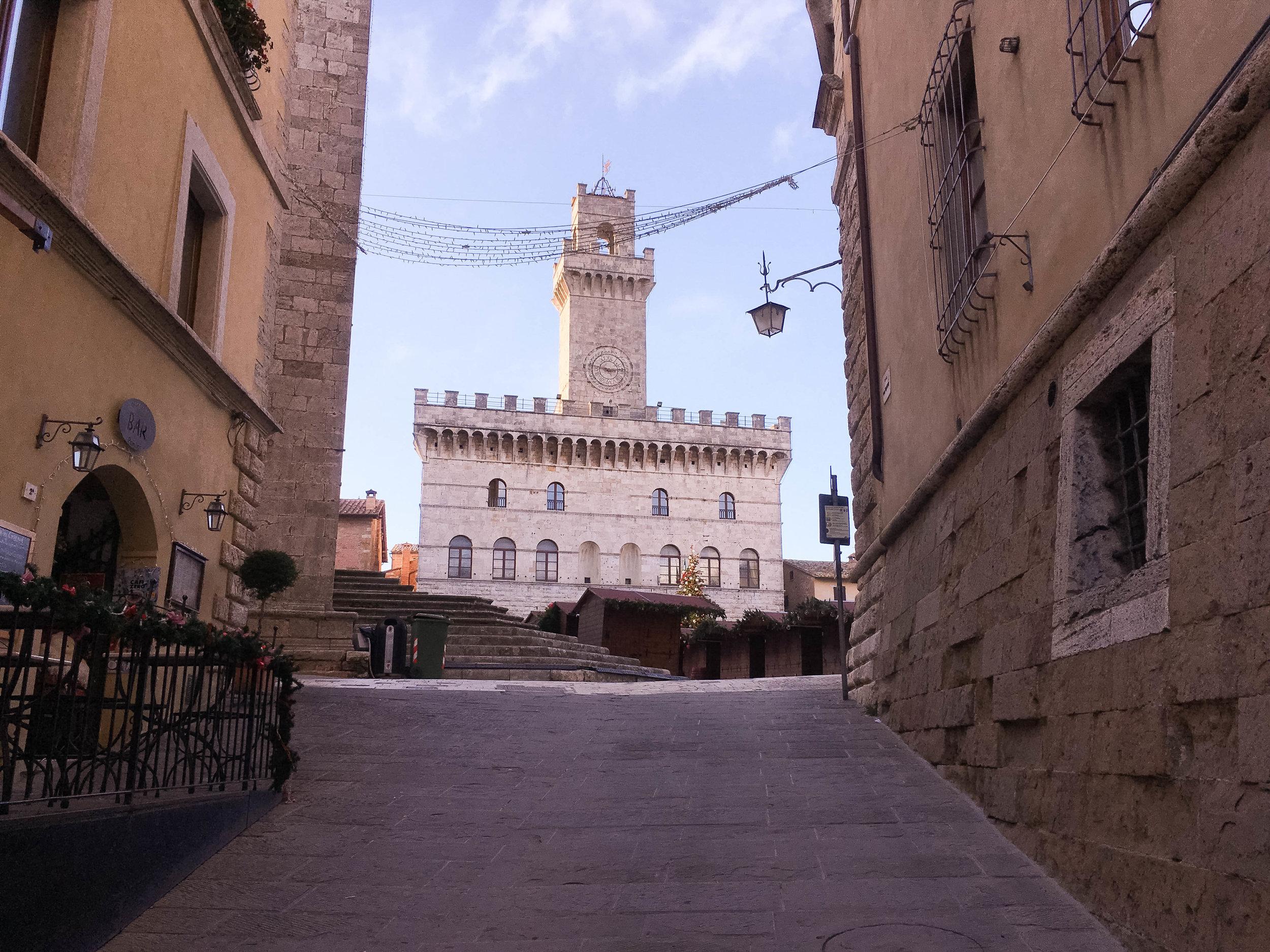 Montepulciano Italy - Destination: Overlooked