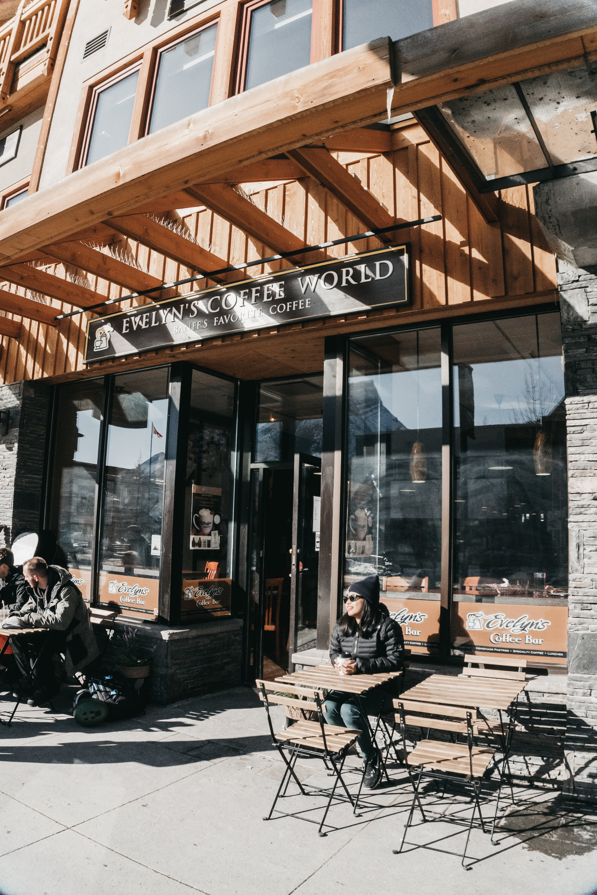 best coffee shops in banff | top cafe | Nicole Constante | Evelyns Coffee Banff