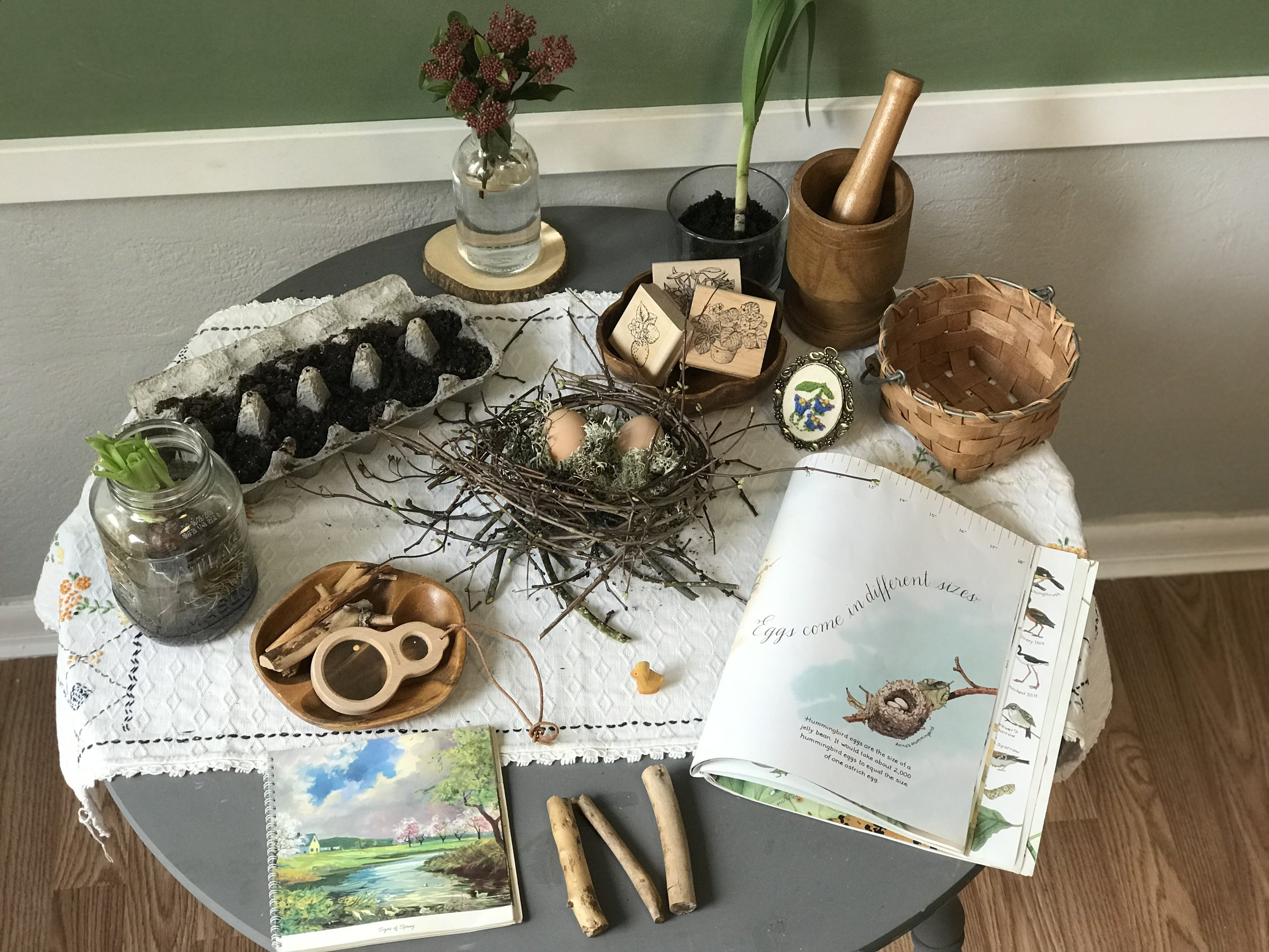 Example of a nature table.