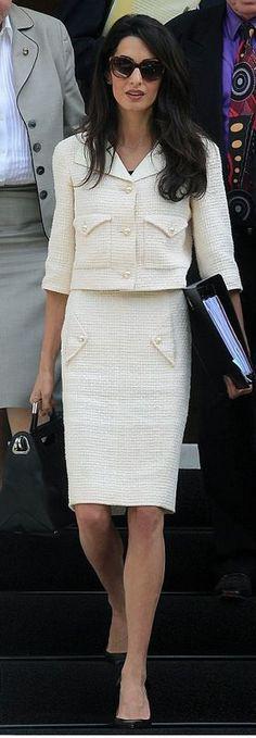 Amal-Clooney-Chanel-suit.jpg