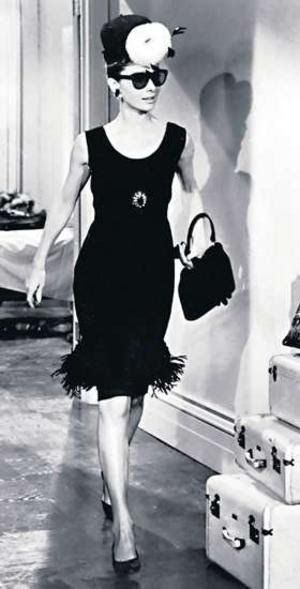 Audrey-Hepburn-little-black-dress-Chanel.jpg