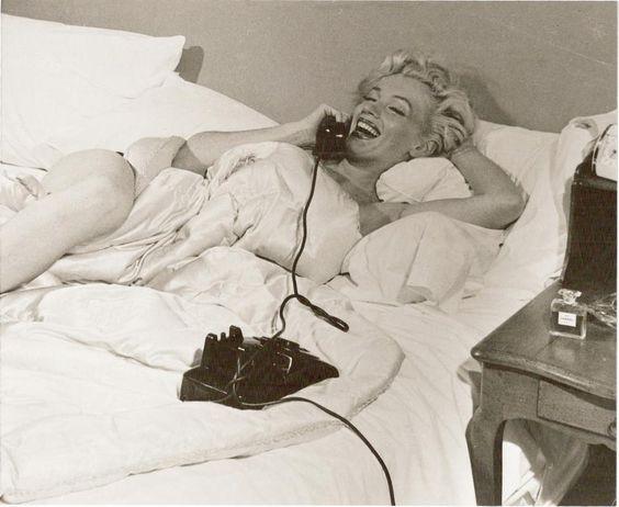 Marilyn-Monroe-Chanel-no.-5.jpg