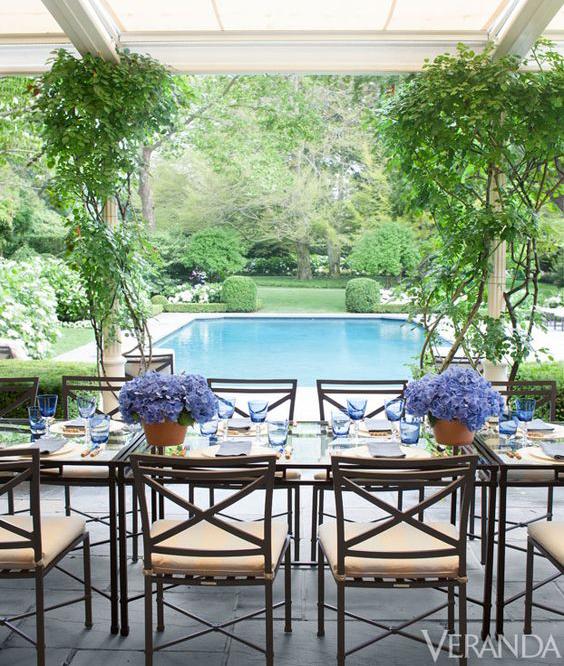 Hamptons-Pool-Veranda-Thomas-Pheasant.jpg