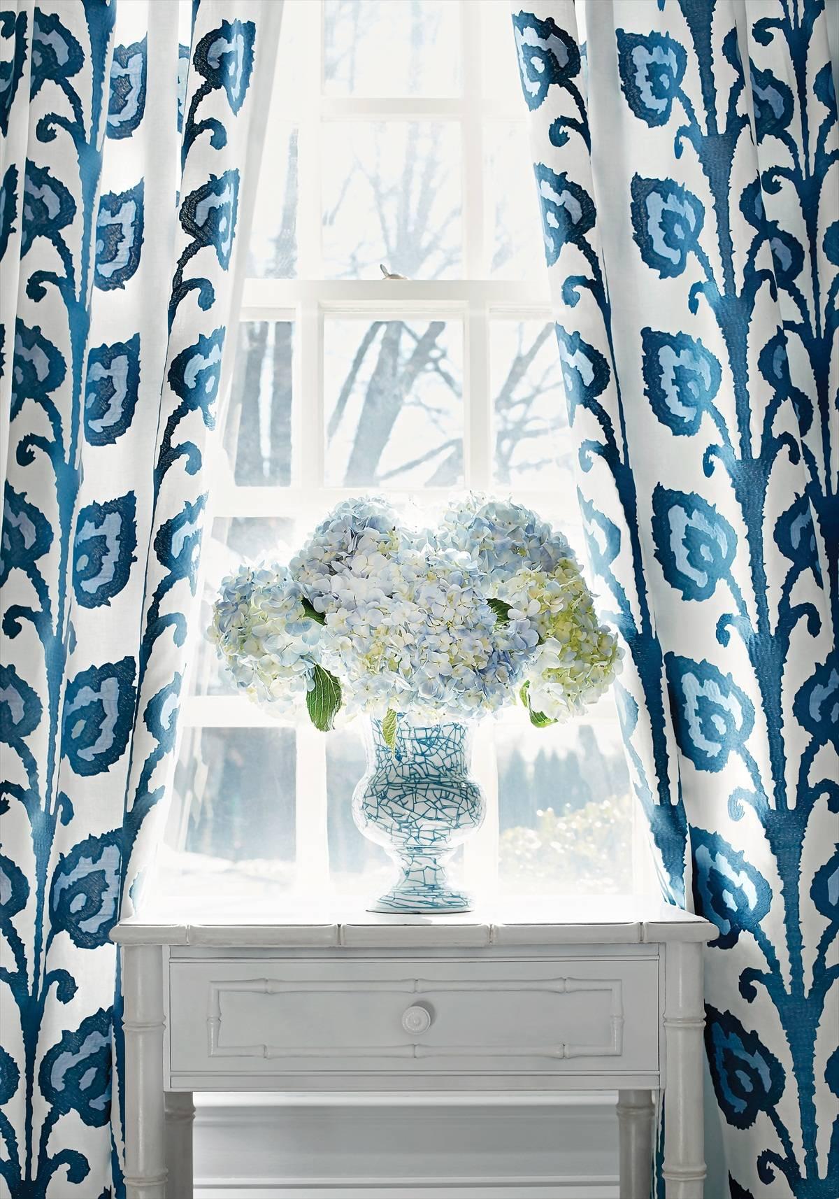 1200x1714_70_temecula-embroidery-w724319-fabric-bridgehampton-thibaut-2.jpg