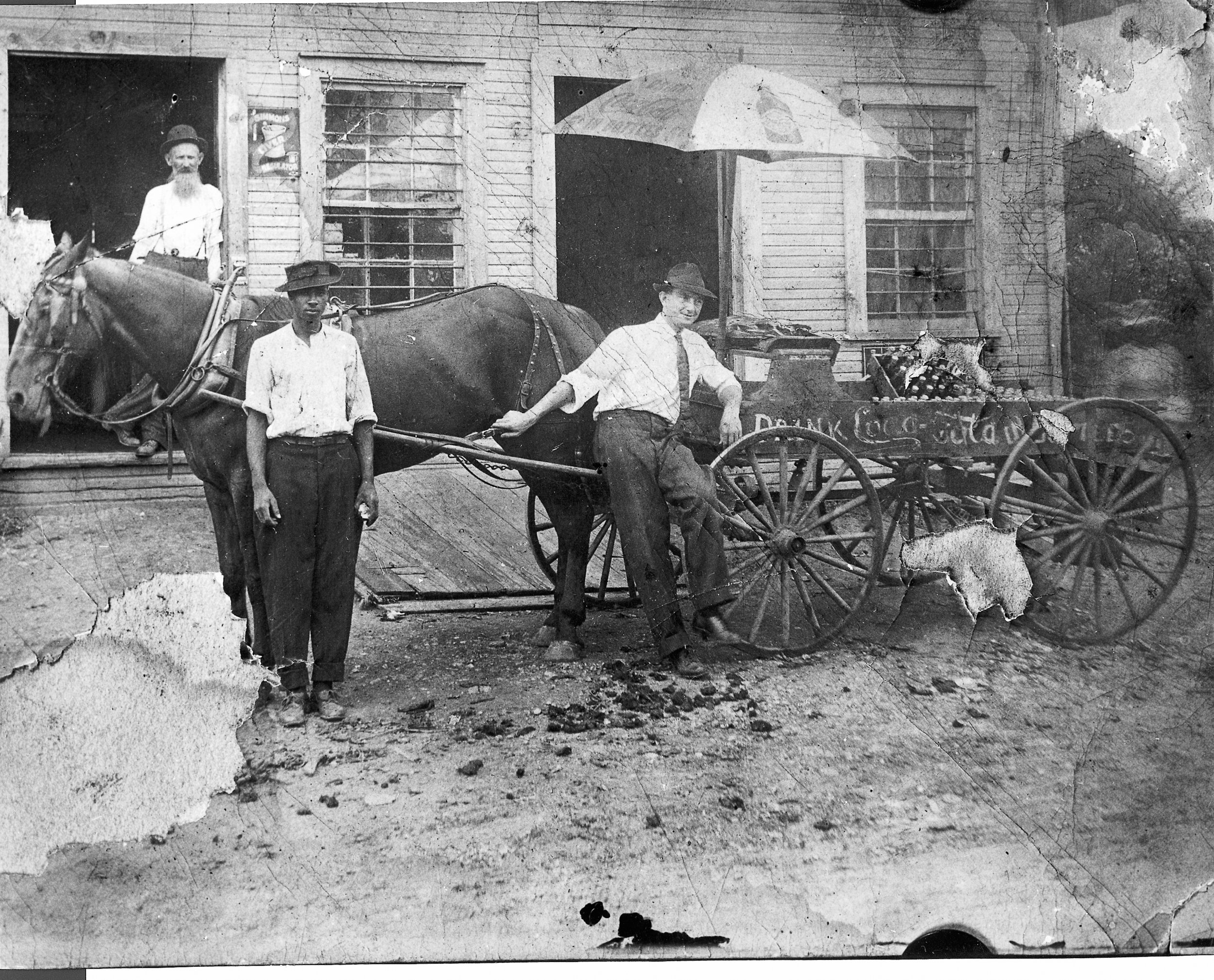 Early 20th century Coca-Cola deliveries from the Mauldin's Rock Hill Coca-Cola plant. Courtesy of the Mauldin Family Collection 2014