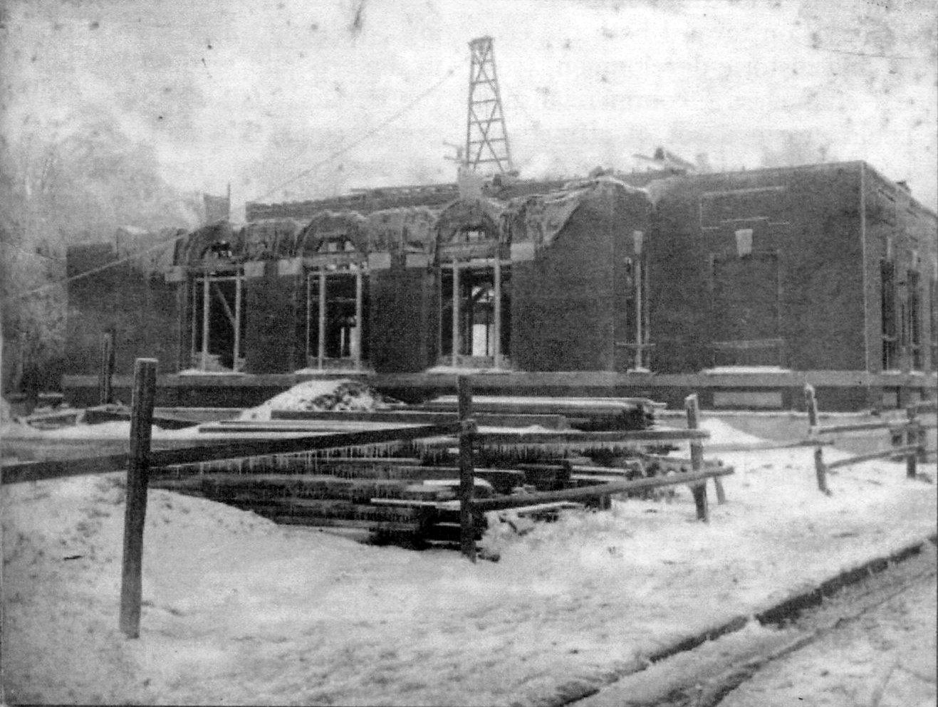 View of construction activities in ca. 1904-05 of the original Rock Hill Post Office at this location.