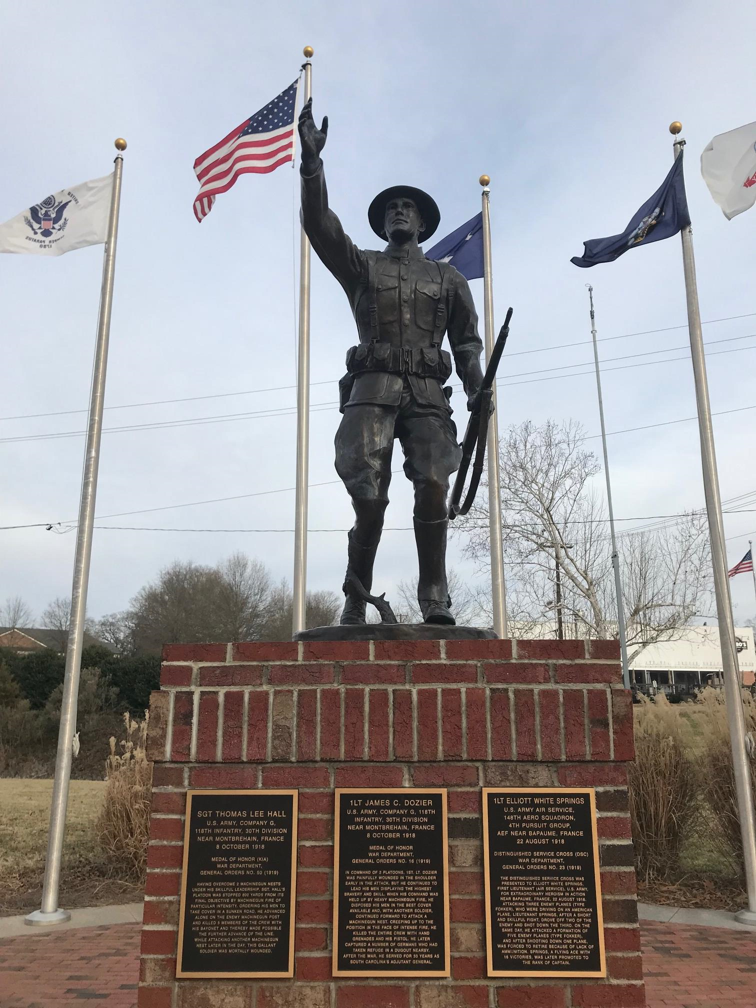 Soldier statue at Veteran's Park