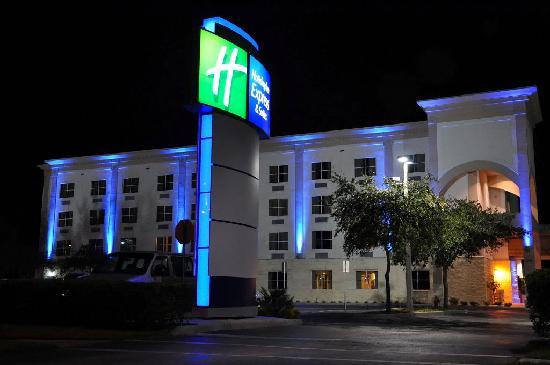 Holiday Inn PC.jpg