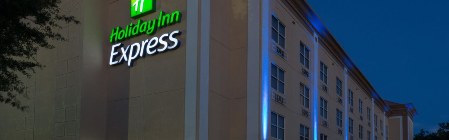holiday-inn-express-and-suites-plant-city-4136854516-16x5.jpg