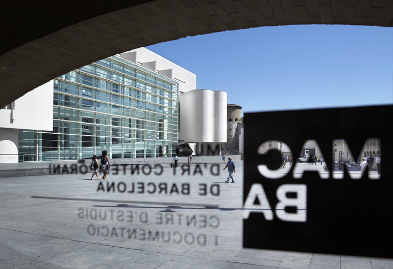 View of the Barcelona Museum of Contemporary Art (MACBA) from MACBA Centre d'Estudis i Documentació (CED)