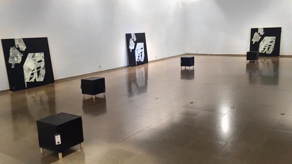 Installation of UB exhibit: 4|4<VU