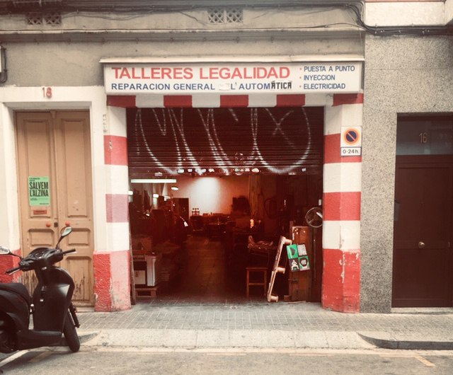 Entry to L'Automàtica, C/Legalitat, Gràcia