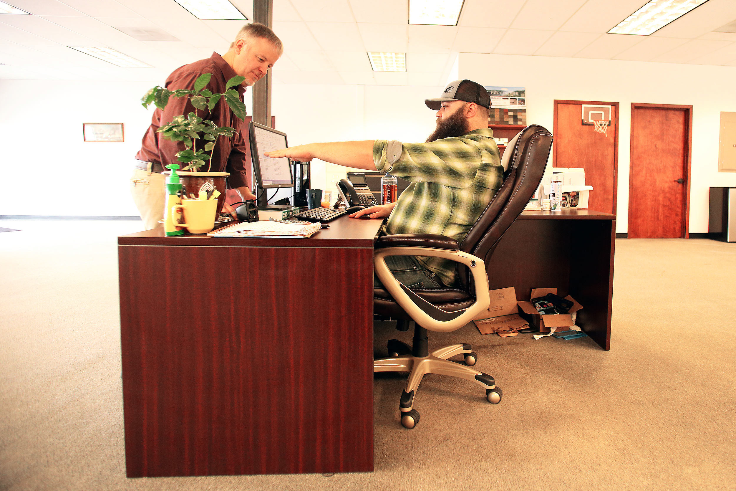 Compass PTs can visit your work place to assess your desk and screen height and make chair recommendations.