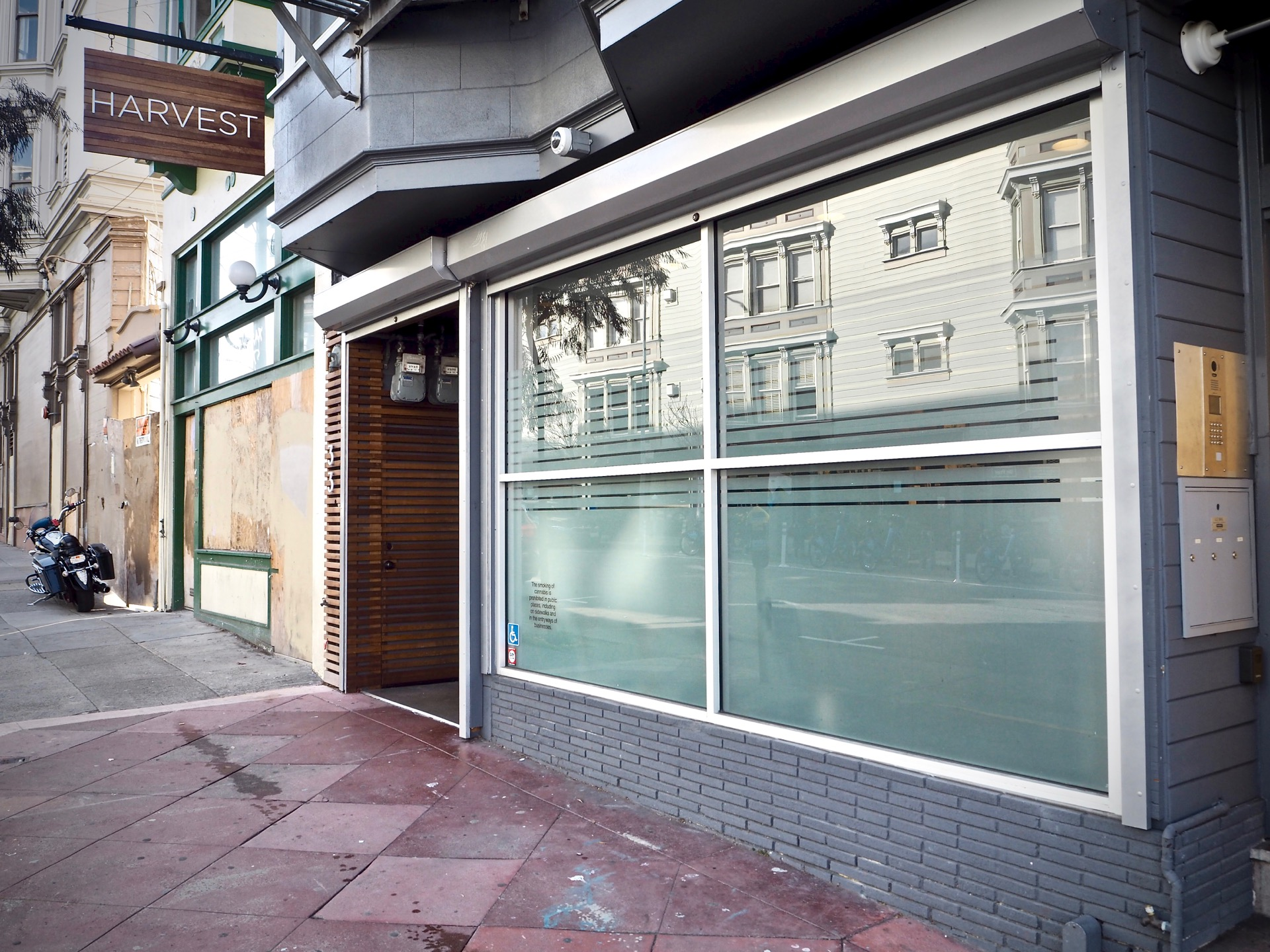 Harvest-Off-Mission-Cannabis-Dispensary-San-Francisco-Exterior-Store-Front.jpg