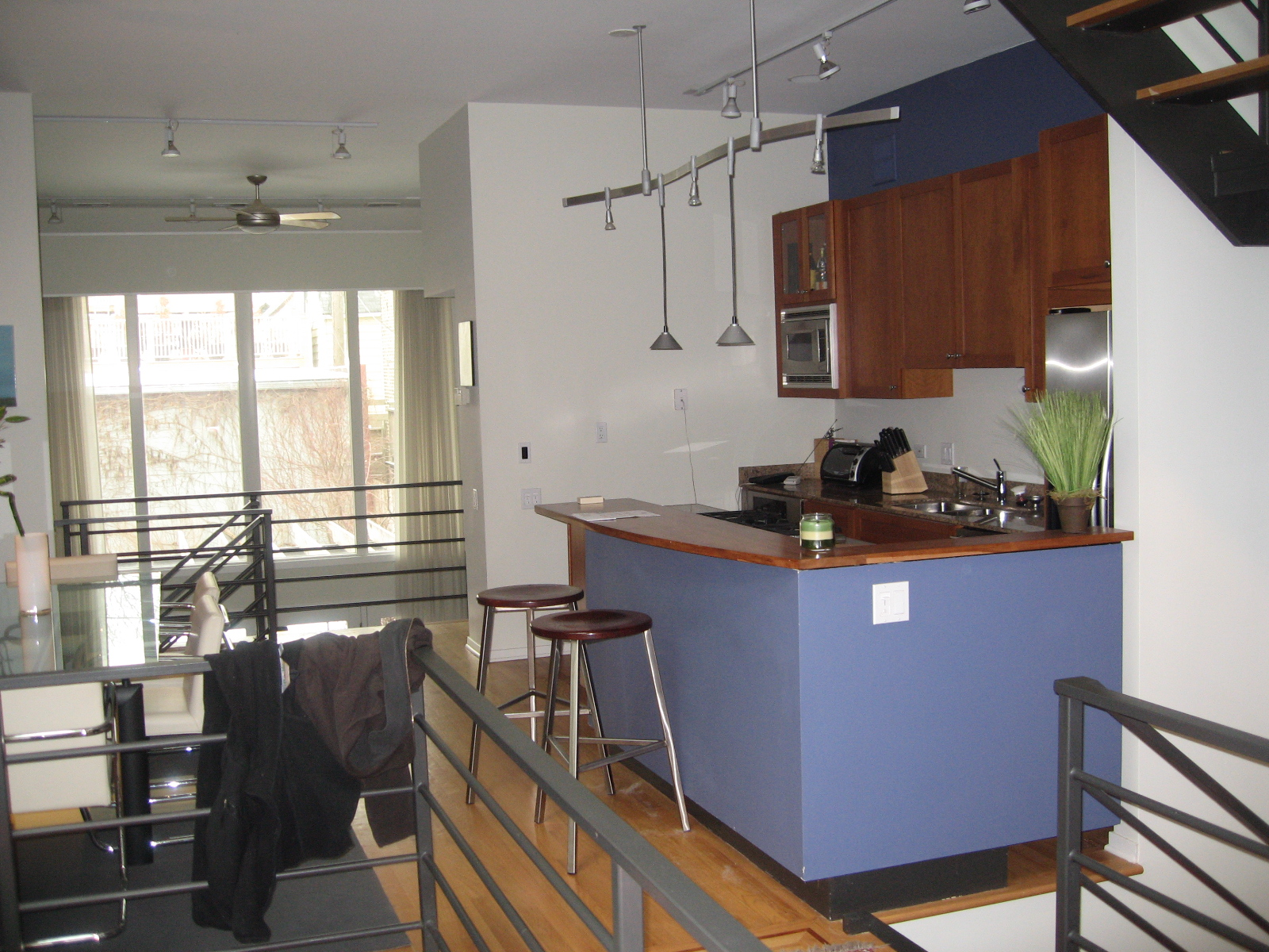 COUSIN Kitchen Before.jpg