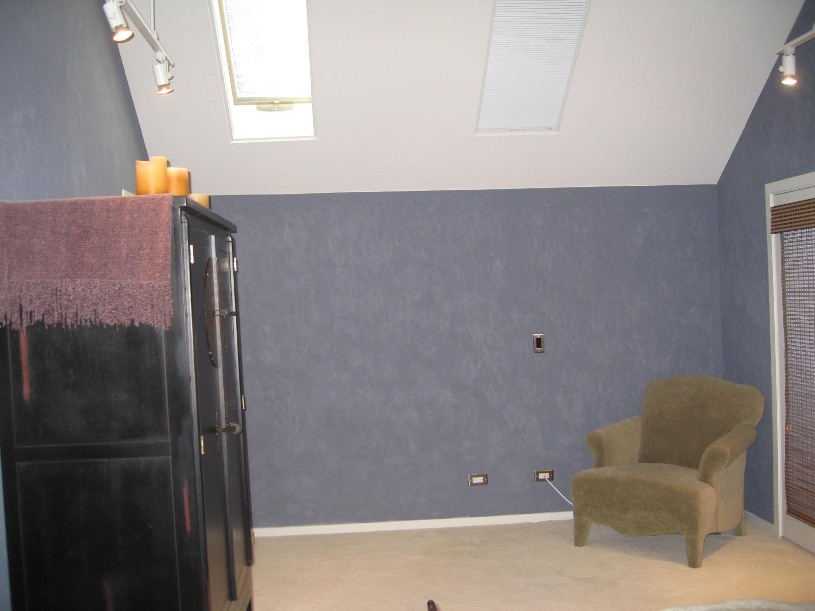cousin bedroom before.JPG