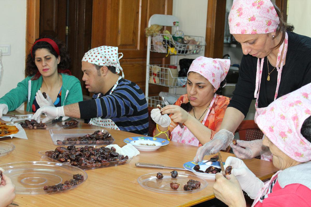 LArche_Syria_Hope_Flower_AlSafina_158.JPG.jpg