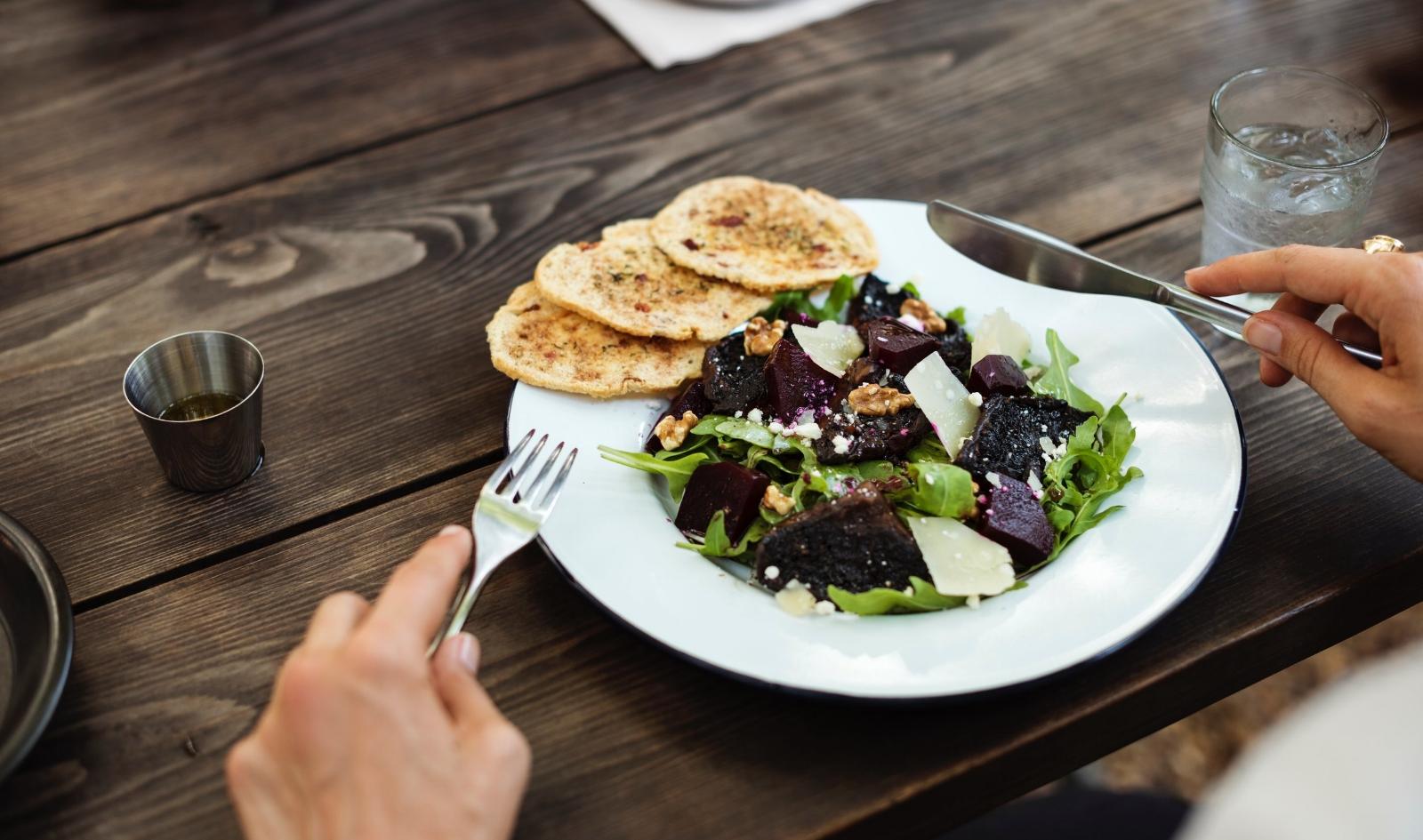 salads-digestion-relax-slow-food.jpg