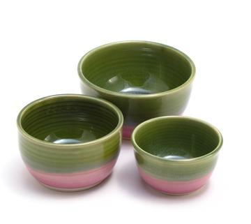 Nesting Bowl set [$45] by way of   Becky Pottery