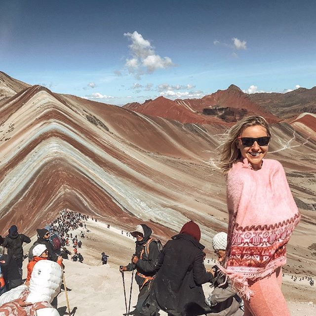 Feeling at peace, connected, & still with these rainbow mountains (📍even 16,059 ft. up😉🌈🏔) . . #rainbowmountain #peru #travel #earth #findyourpotential #connect #findcolorineveryday
