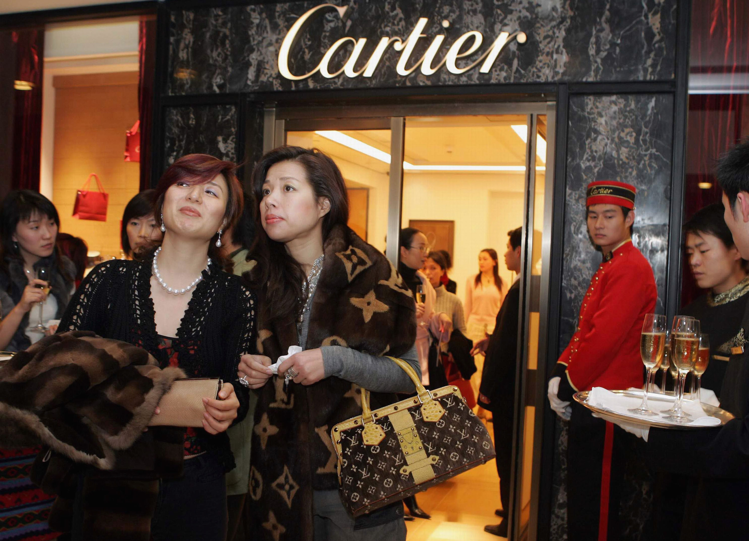 What is wealth without Class? - The latest Chinese Status symbol are seeking Western Manners and Etiquette