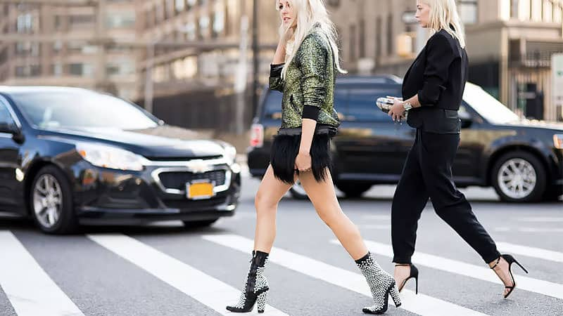 How to walk in heels like a professional -