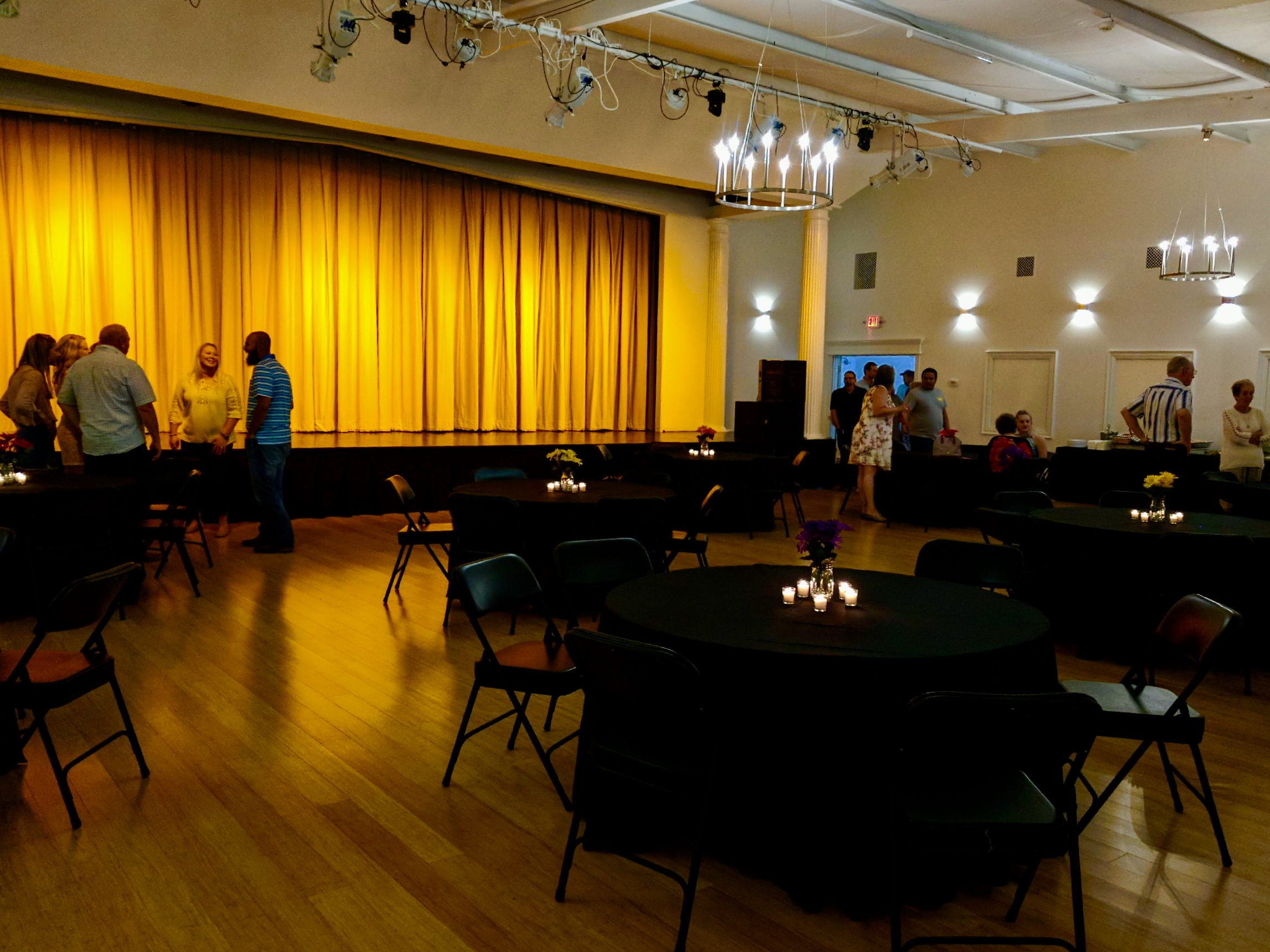 Corporate Networking Meeting - CenterStage Events