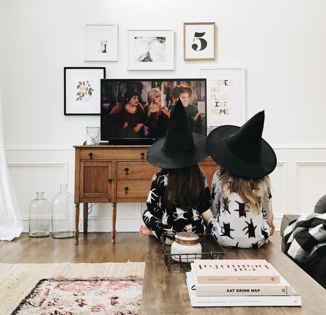Watch spooky movies (Hocus Pocus is a fave!)  via Jessica Garvin