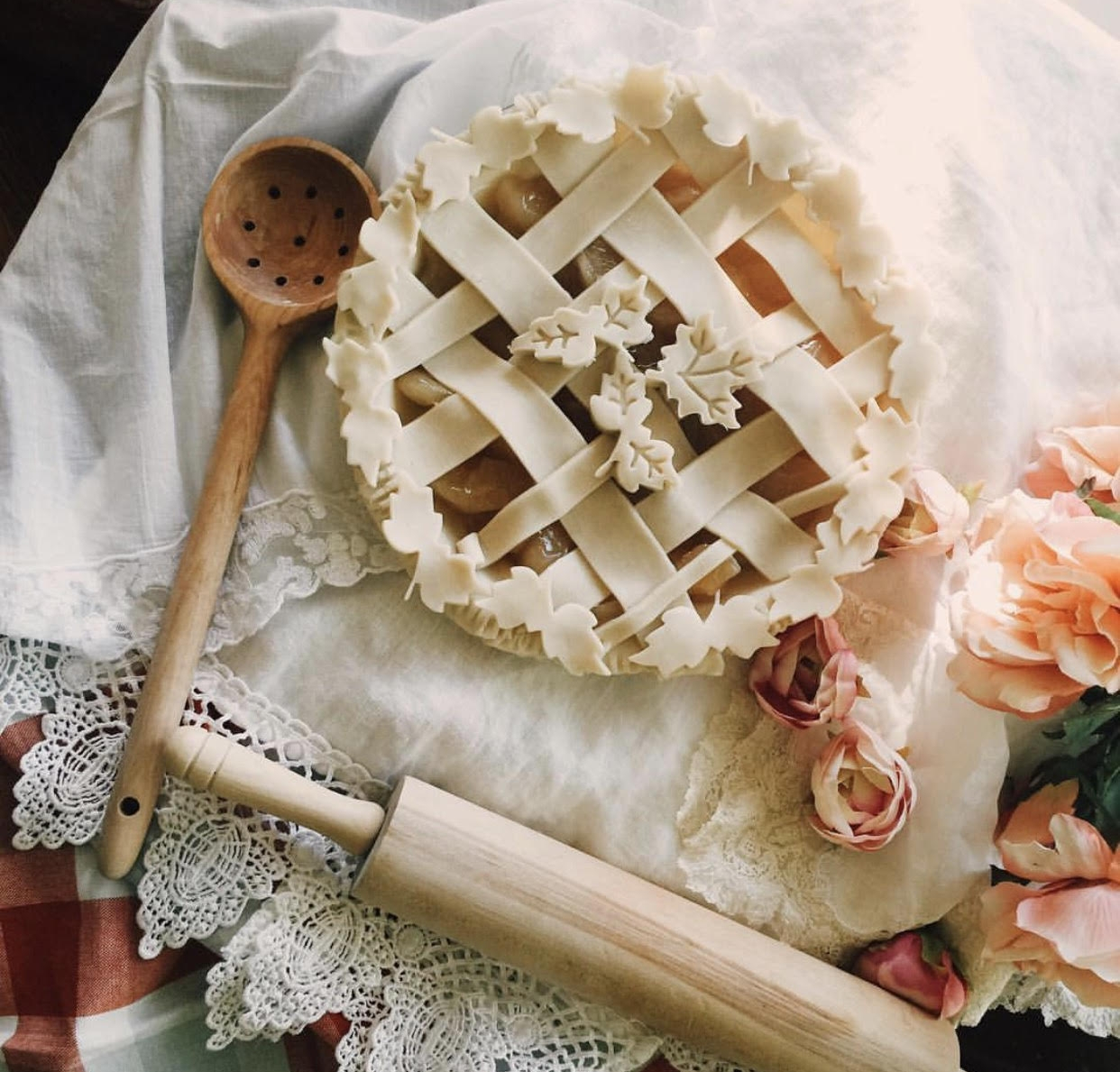 Gorgeous apple pie  via Casey Wiegand