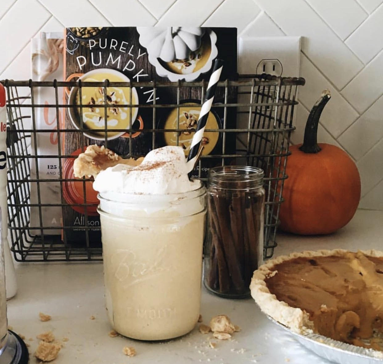 Pumpkin spice latte bliss  via Jessica Garvin