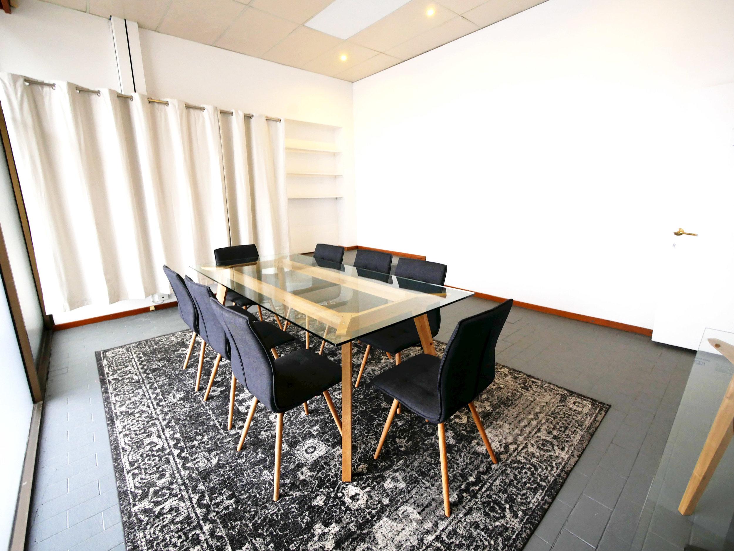 meetingroom6.jpg