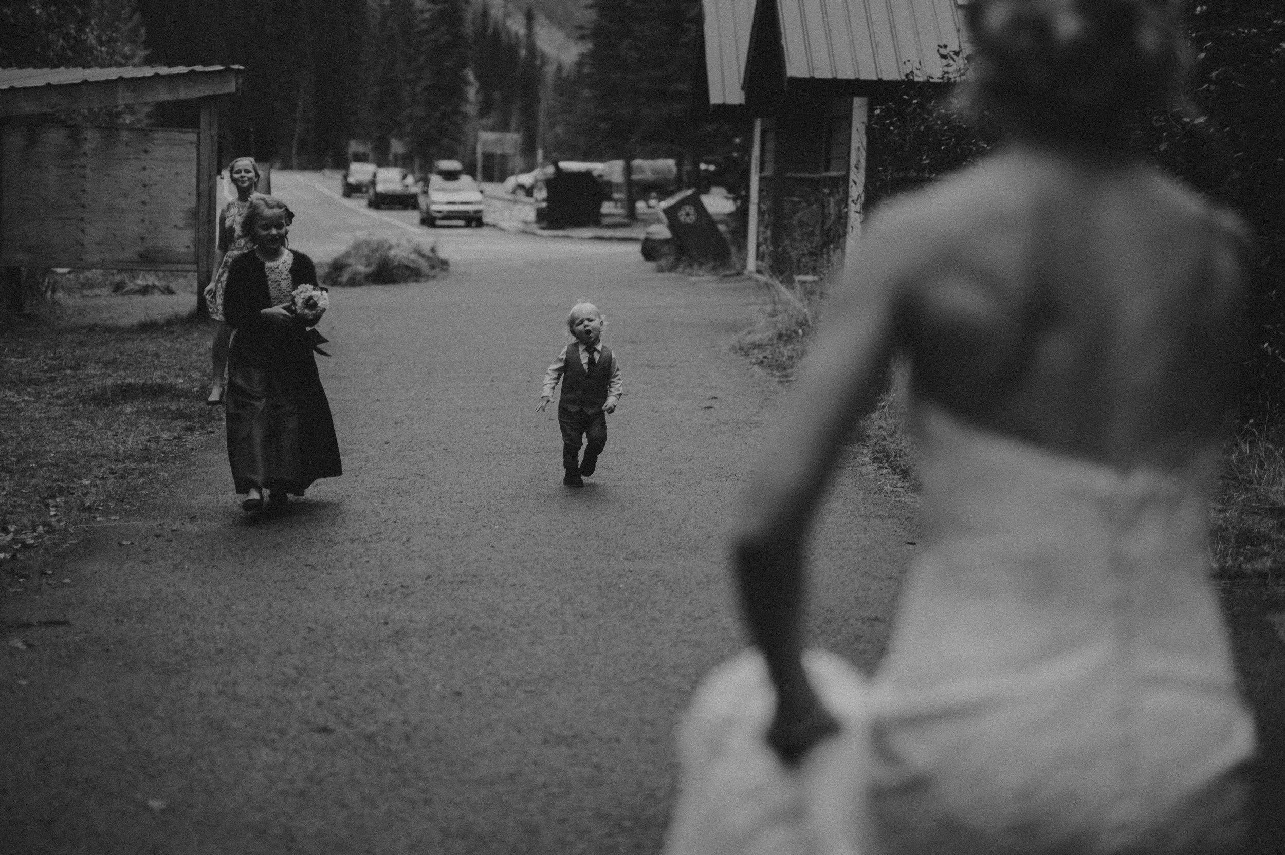 Banff-Wedding-Photographer-21.jpg
