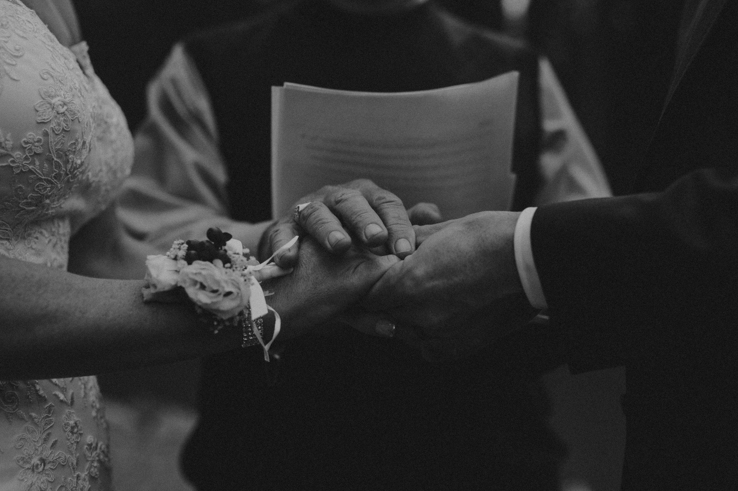 Banff-Wedding-Photographer-30.jpg