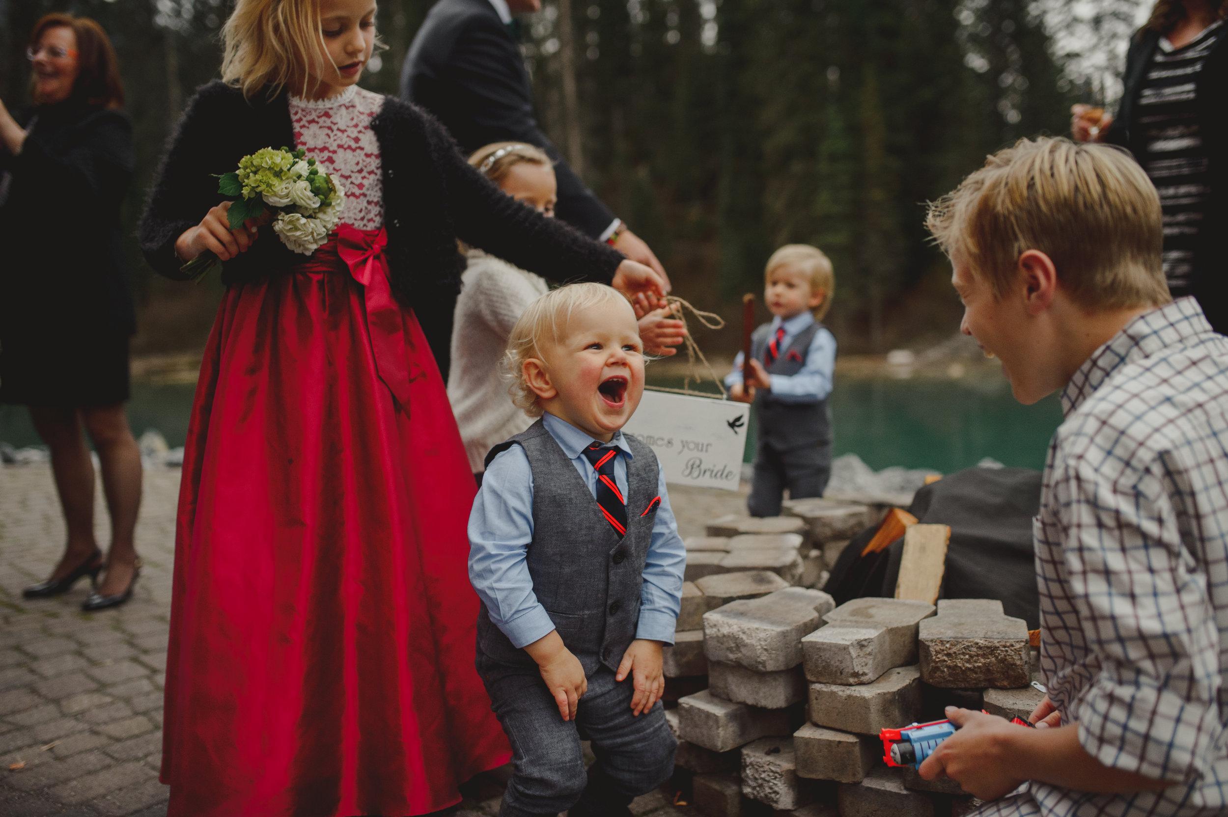 Banff-Wedding-Photographer-50.jpg