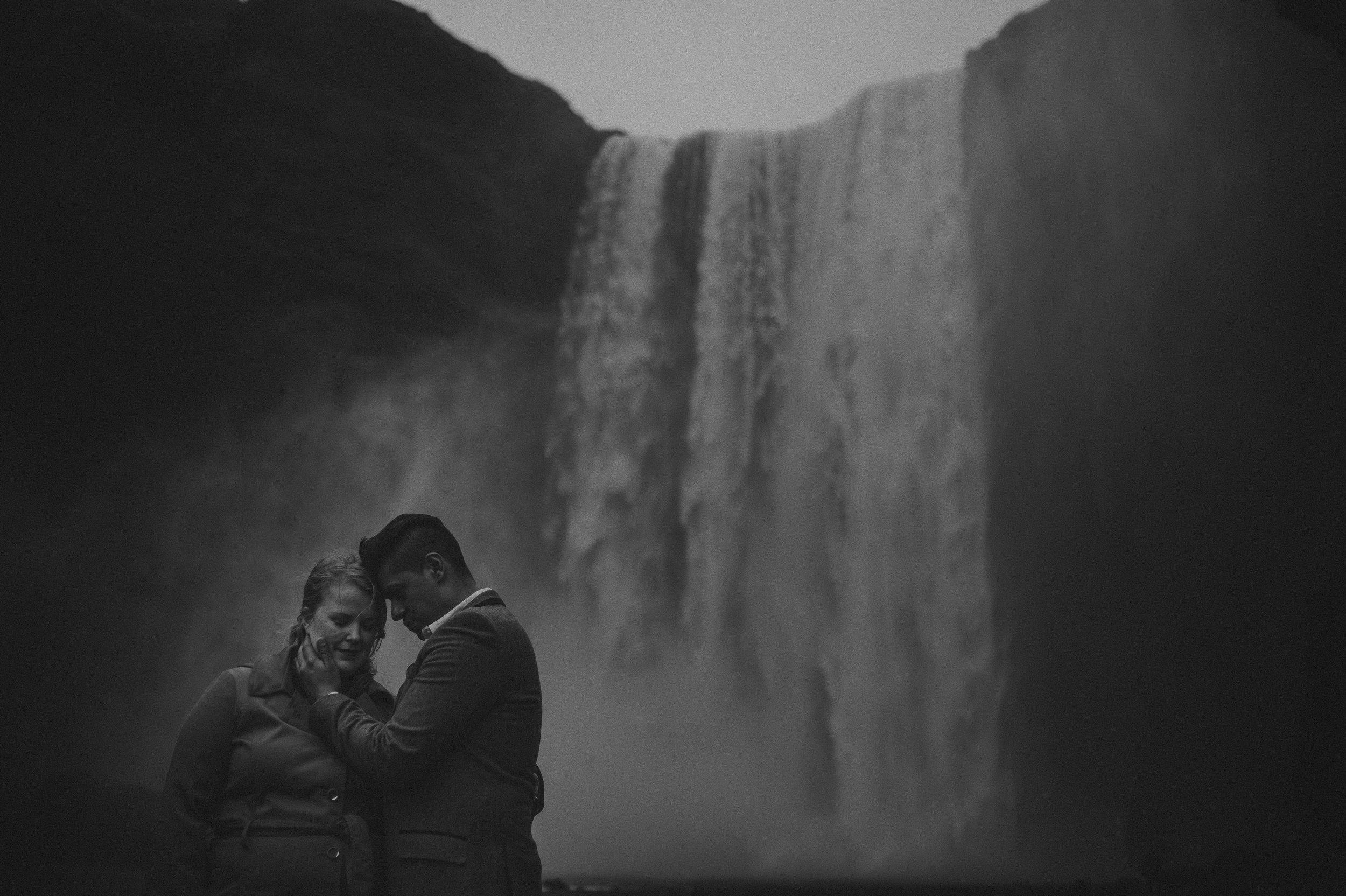 Iceland-Wedding-Photographer-MichaelChanPhotography-29.jpg