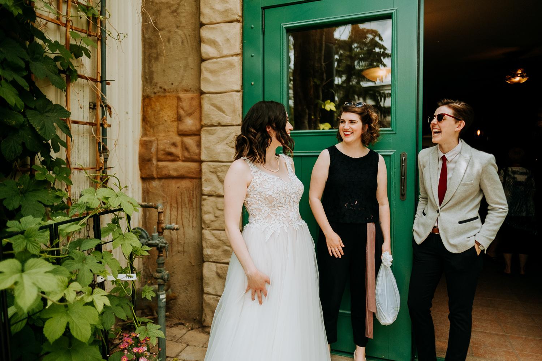 Calgary-Wedding-Photos-Saskatoon-Barn-27.jpg