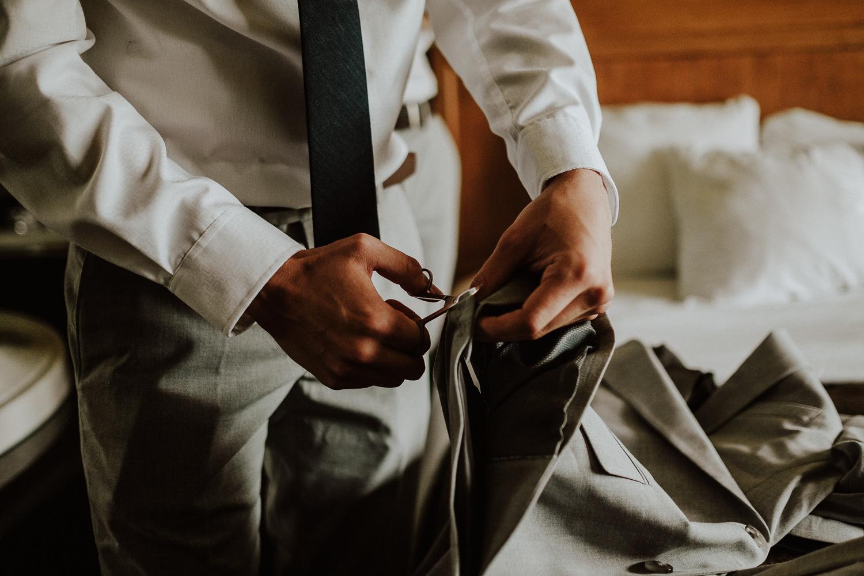 the-best-Banff-wedding-photographer-18.jpg