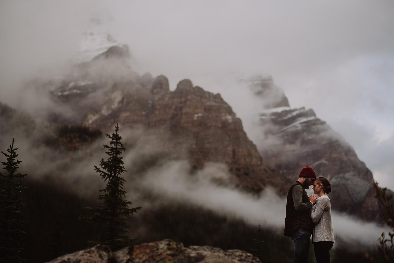 Banff-Wedding-Photographers-38.jpg