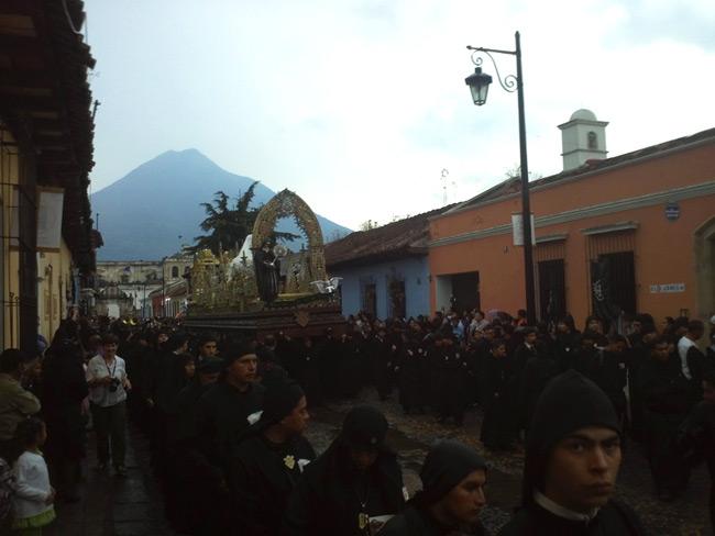 Antigua-Semana-Santa-650-2012-04-06-17.22.34.jpg