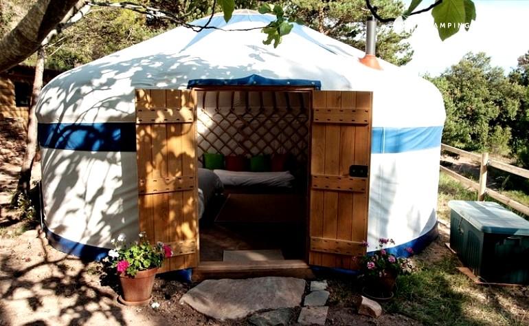 Barcelona camping, best Barcelona camping, Barcelona glamping, Spain camping, Spain glampsites, vineyard camping, vineyard campsites, Spain yurts, vineyards yurts