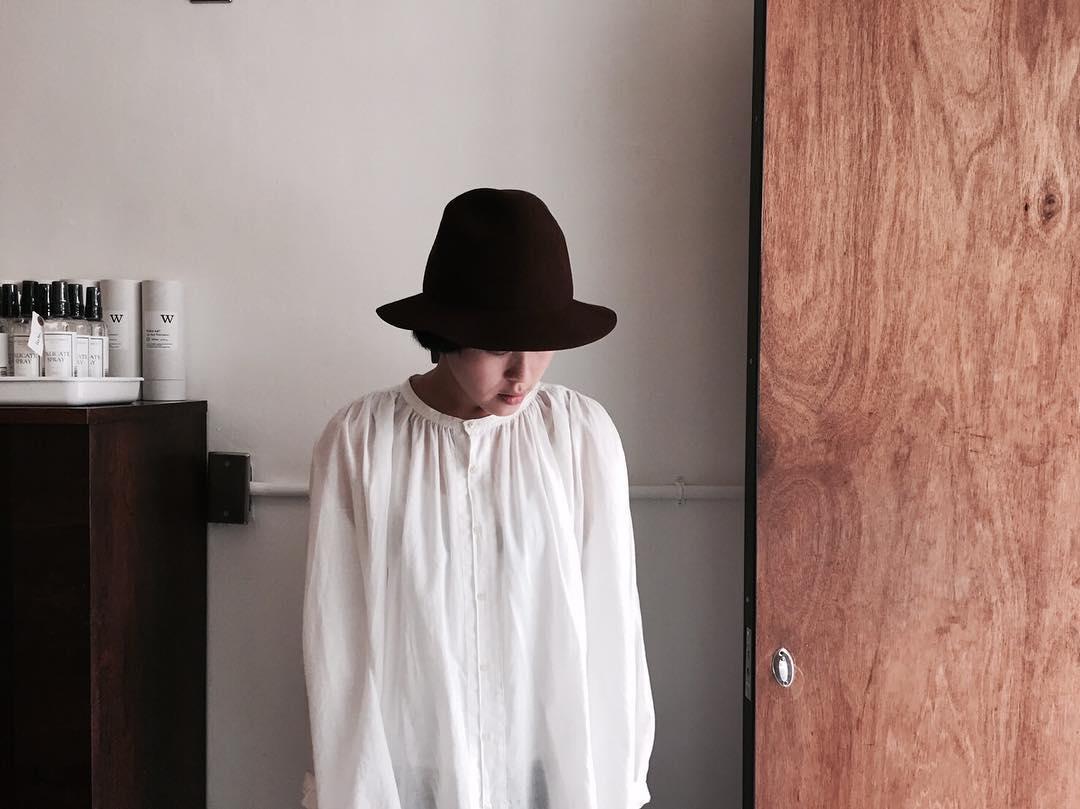 Mature Ha. 黑色寬沿紳士帽
