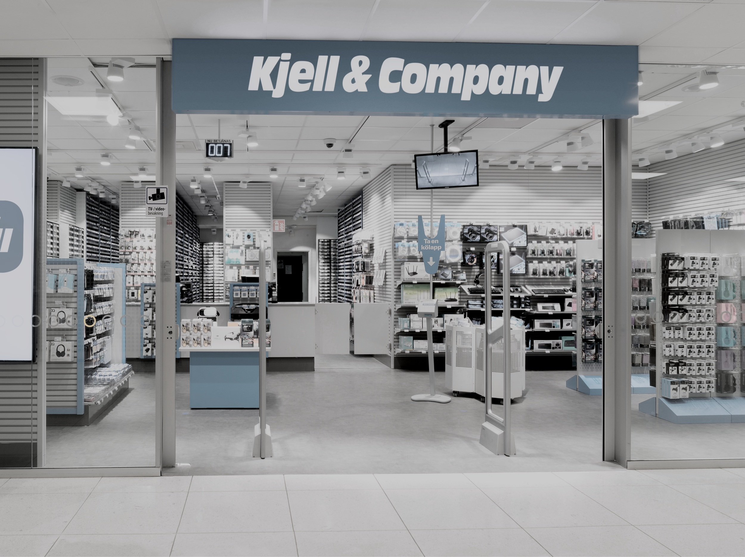 Kjell & Company  ➞ Fast growing retailer with small outlets in convenient locations selling a wide range of home electronics and accessories. 104 stores, 1000 employees and $160M in turnover 2018.