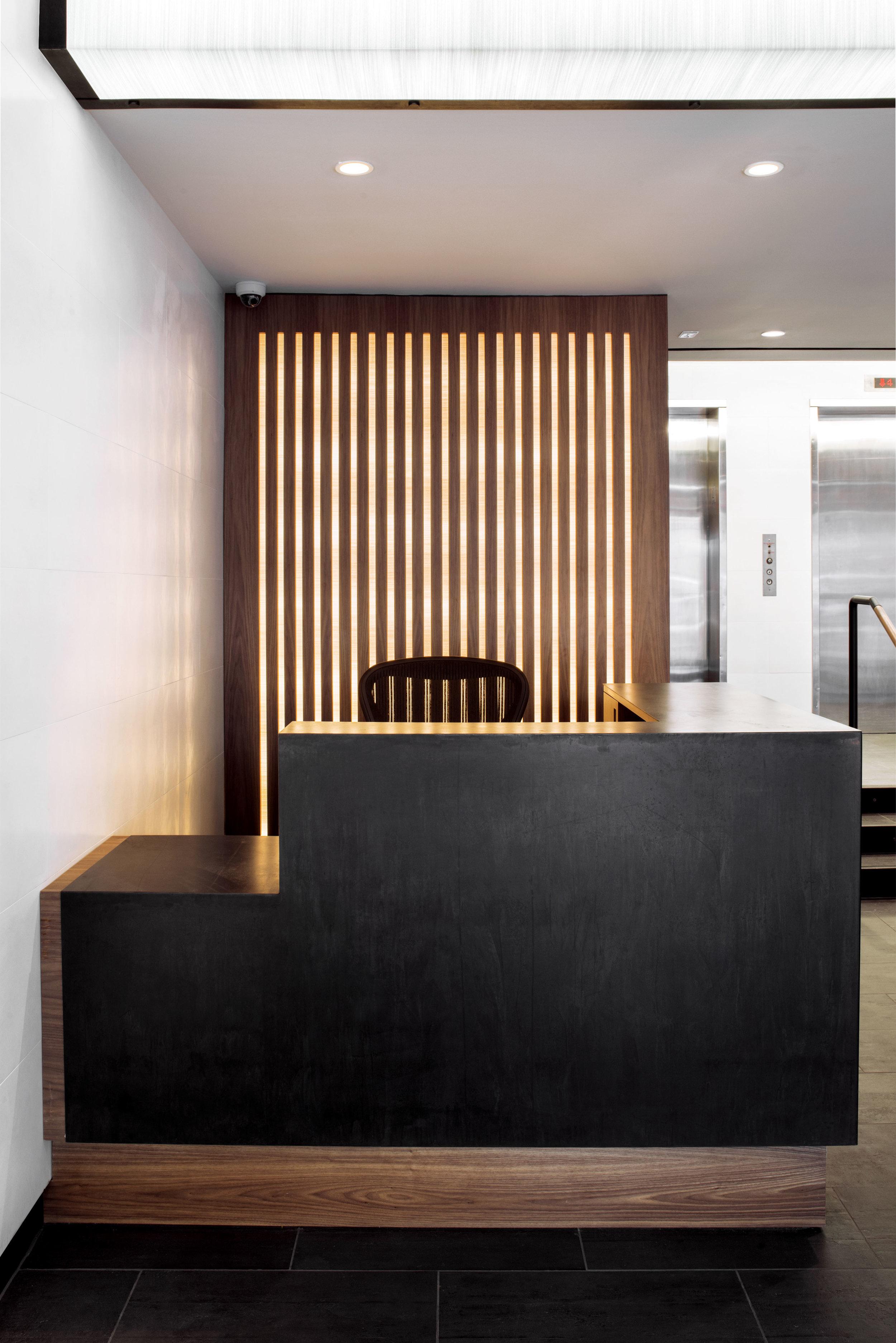 hudson east lobby_desk.jpg