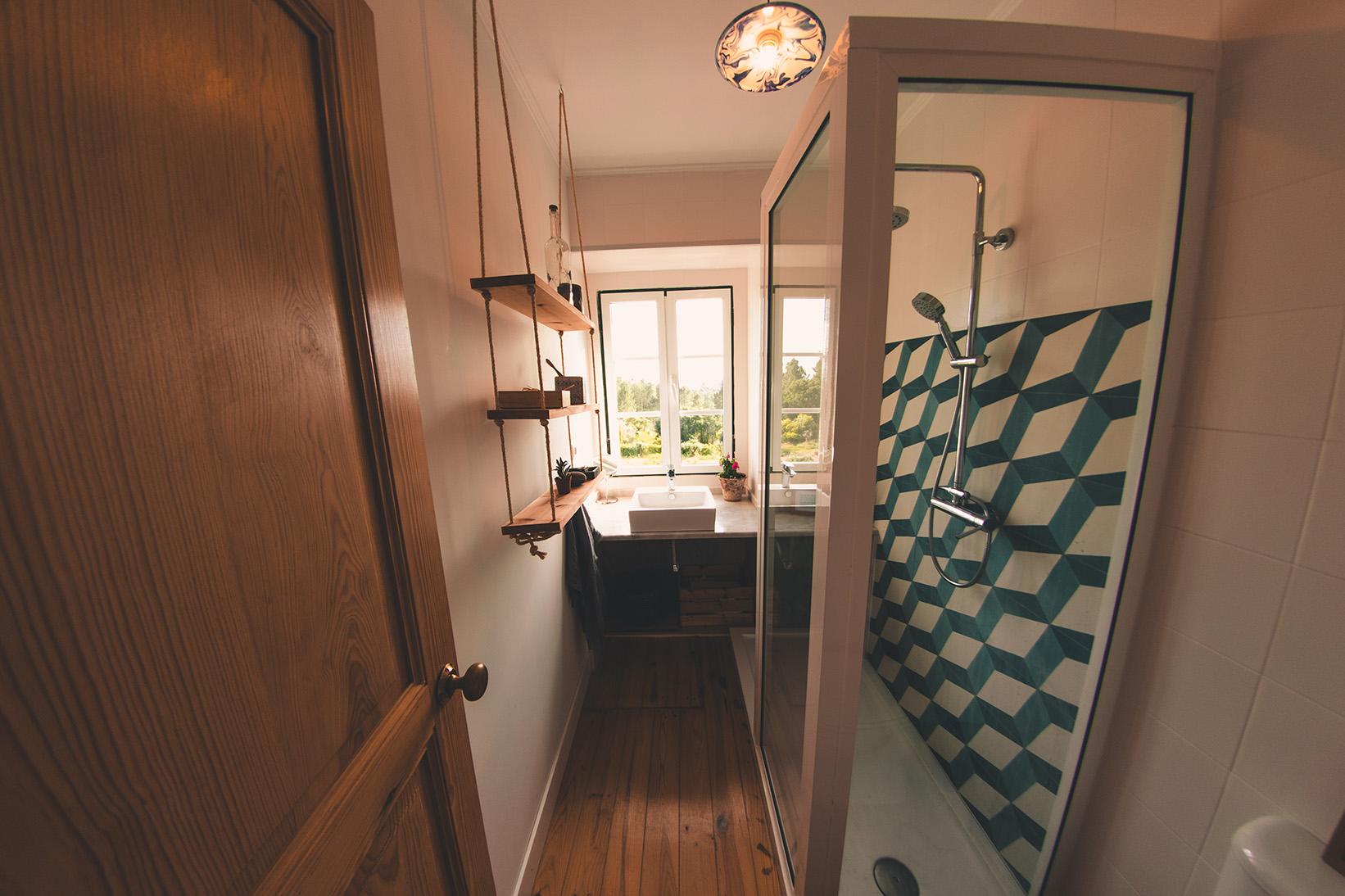 bathroom_full_72.jpg