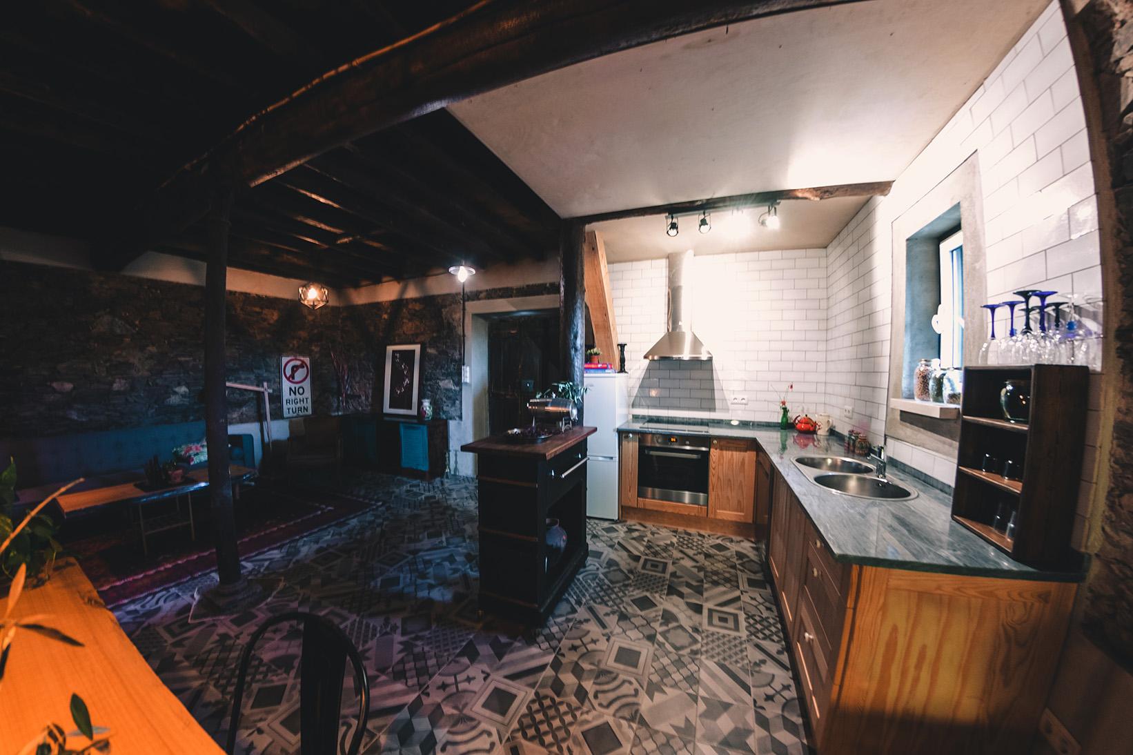 bunk_kitchen_fish_72.jpg