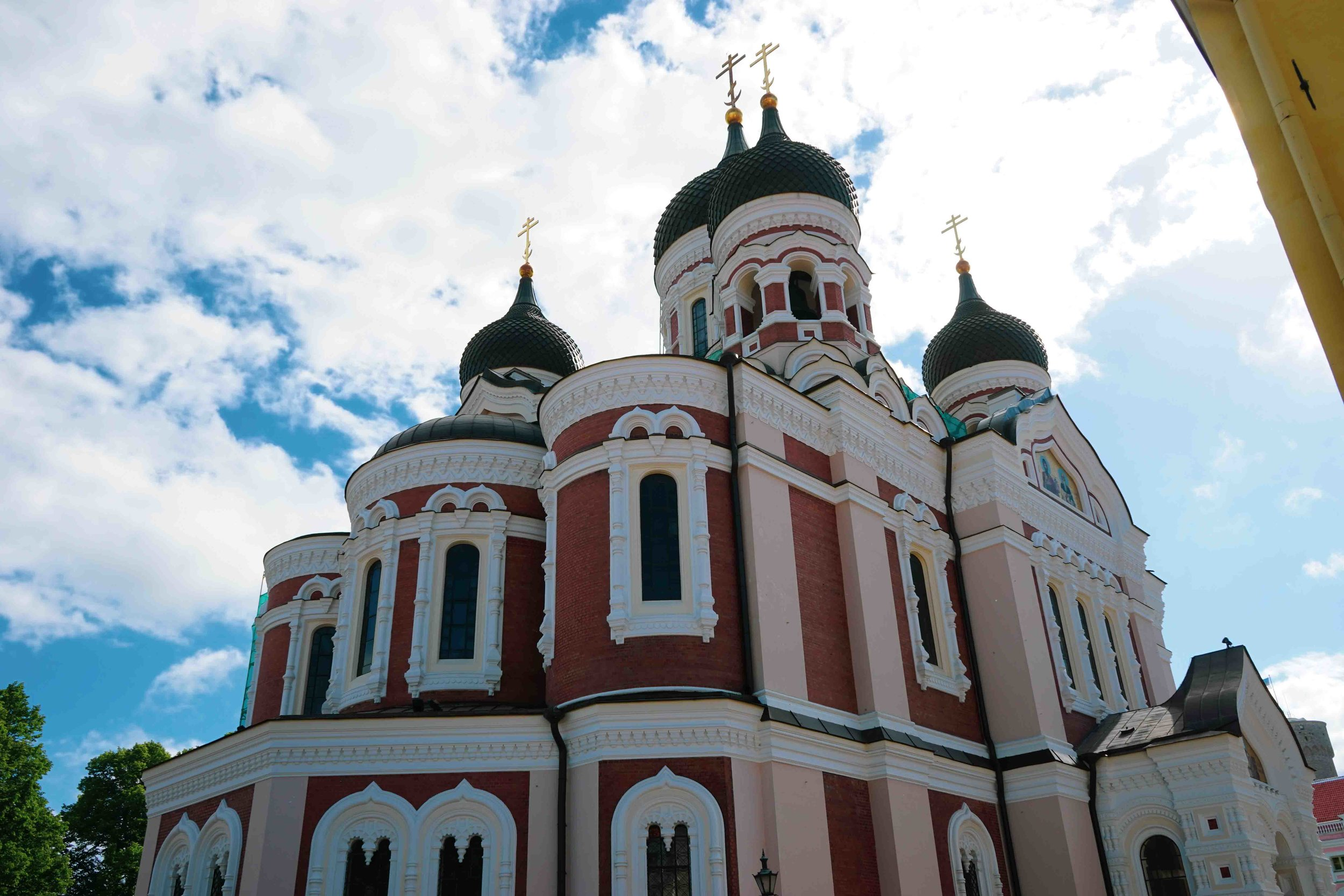 座堂山區上佇立的Alexander Nevsky Cathedral,是一座典型的俄羅斯教堂,是塔林最大和最高的圓頂東正教堂。