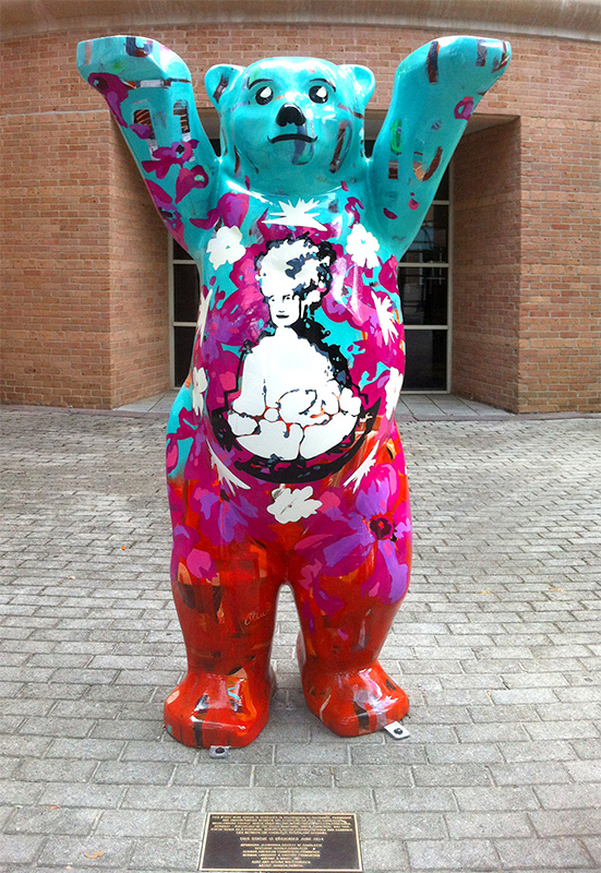 Charlotte United Buddy Baer , 2014, acrylic on prefabricated sculpture, 2 meters (h)