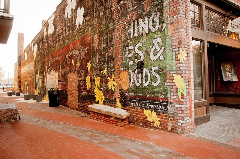 freedom_walkway_mural_4.jpg