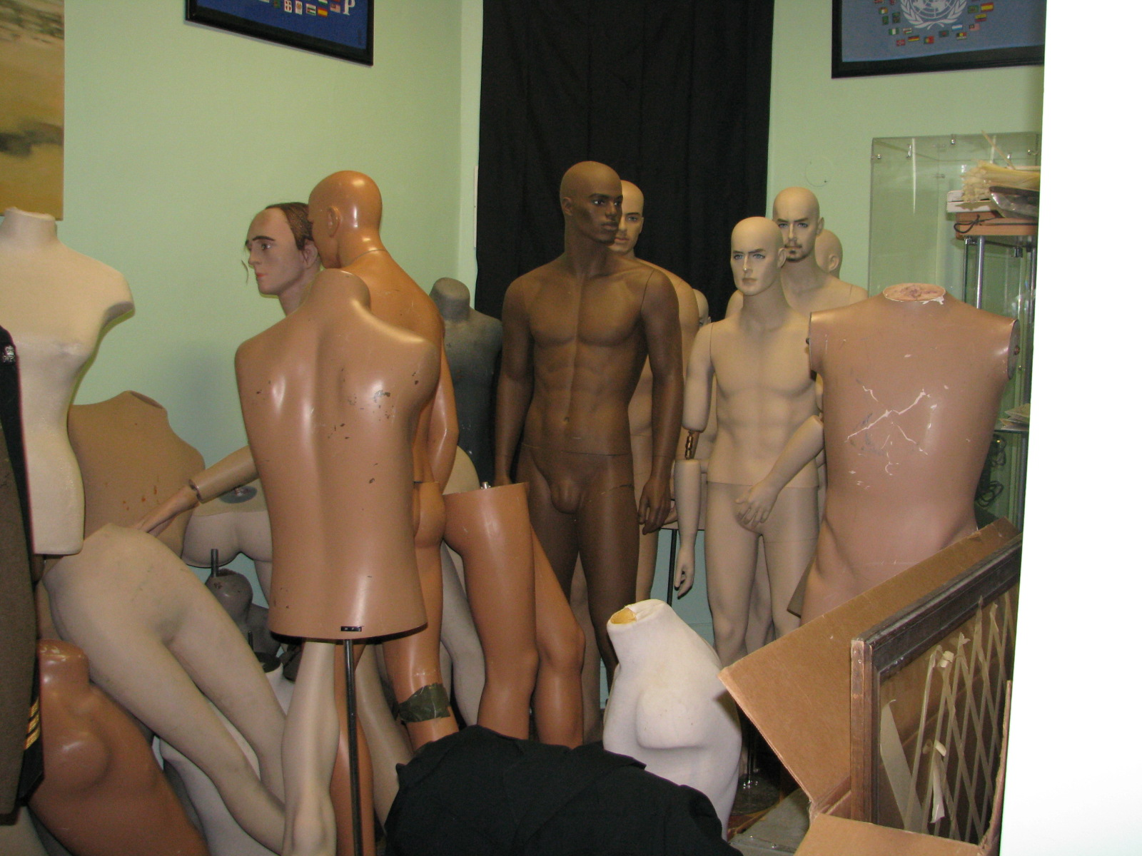 Who needs this many broken mannequins!